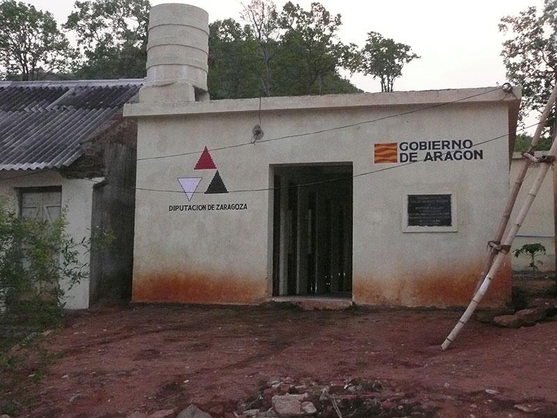 Fase I de infraestructuras higiénicas en el orfanato