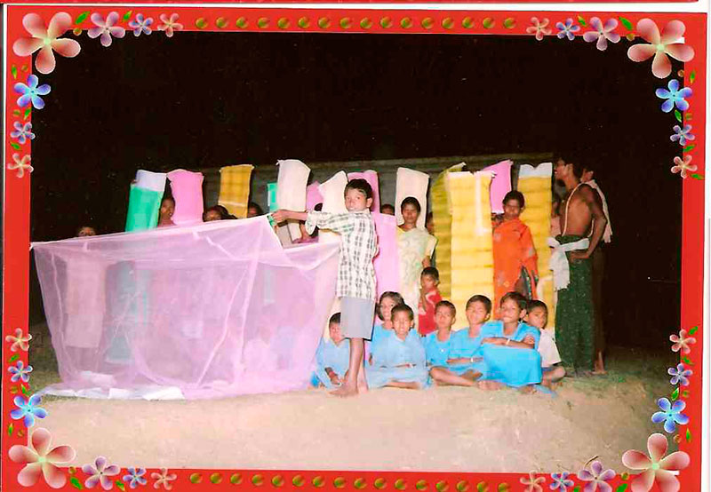Prevención de la malaria en las aldeas del Bloque de Chakapad