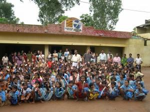Construcción de dos edificios destinados a un comedor y Fase I de infraestructuras higiénicas en el orfanato