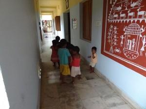 Construcción de un edificio para alojar a niños huérfanos