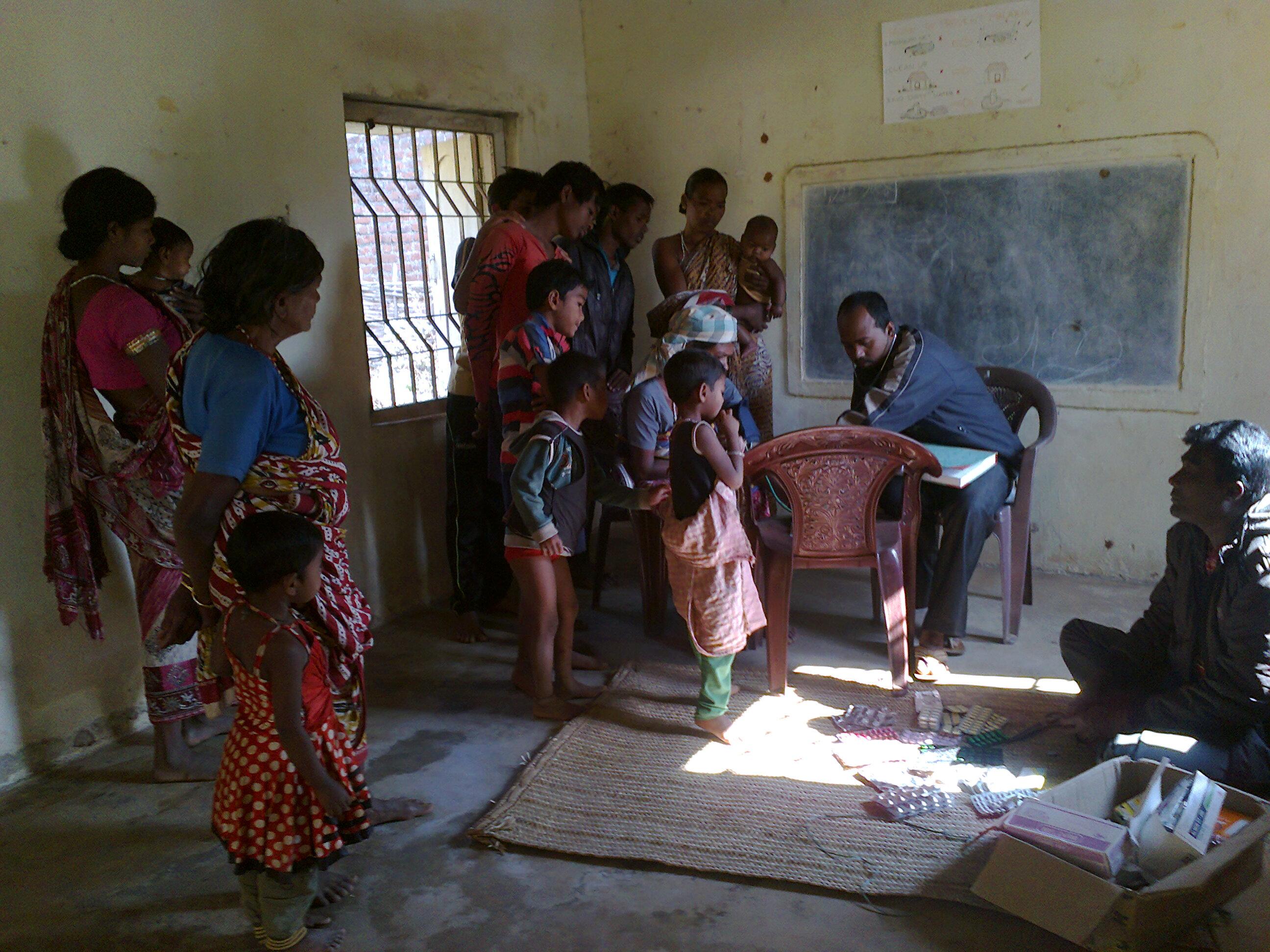 Campañas de salud en los pueblos de Chakapad