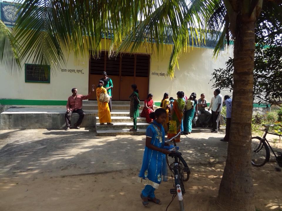 Campaña dental en Pasara (India)