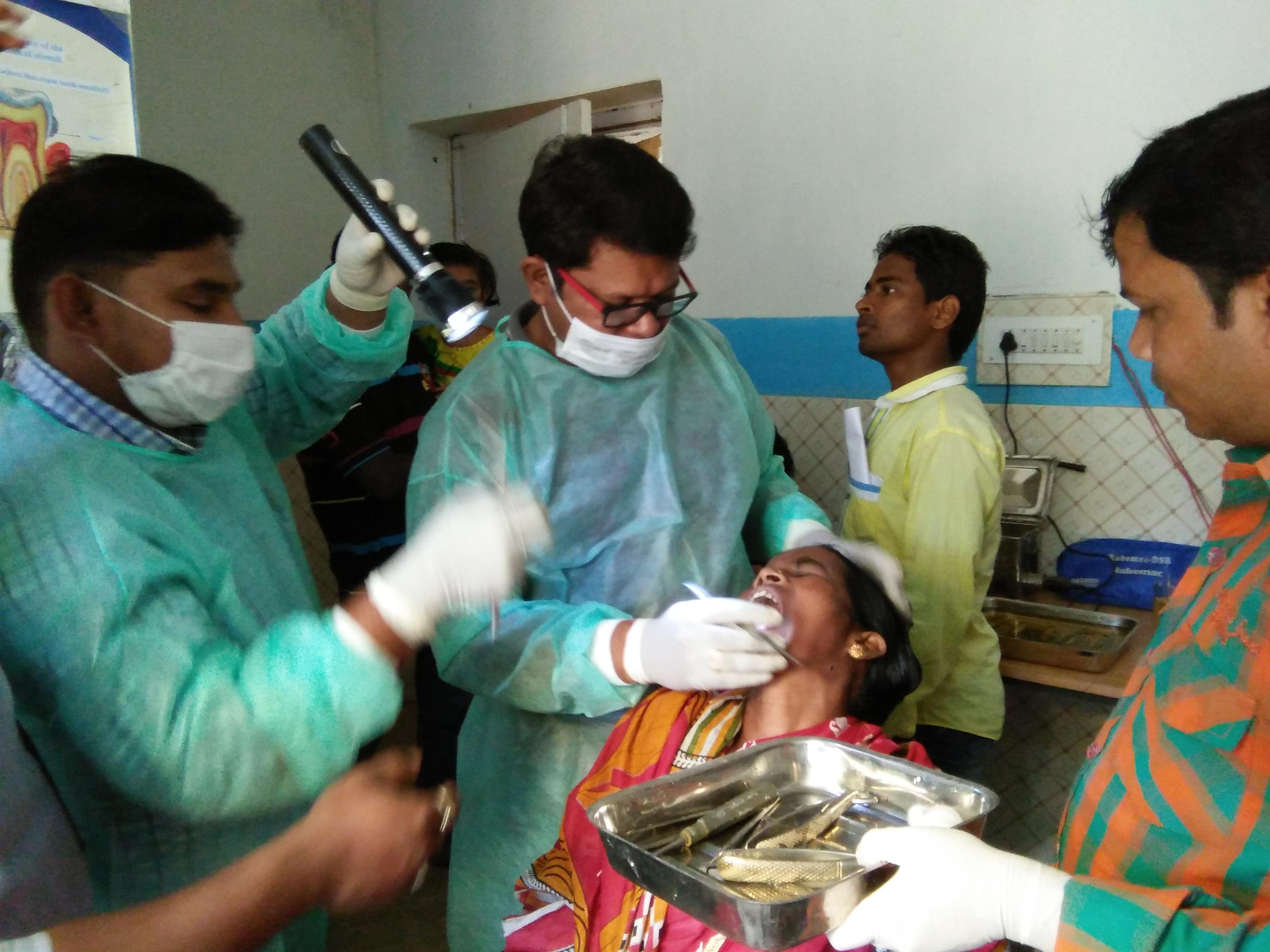 Campaña dental en Panchabati