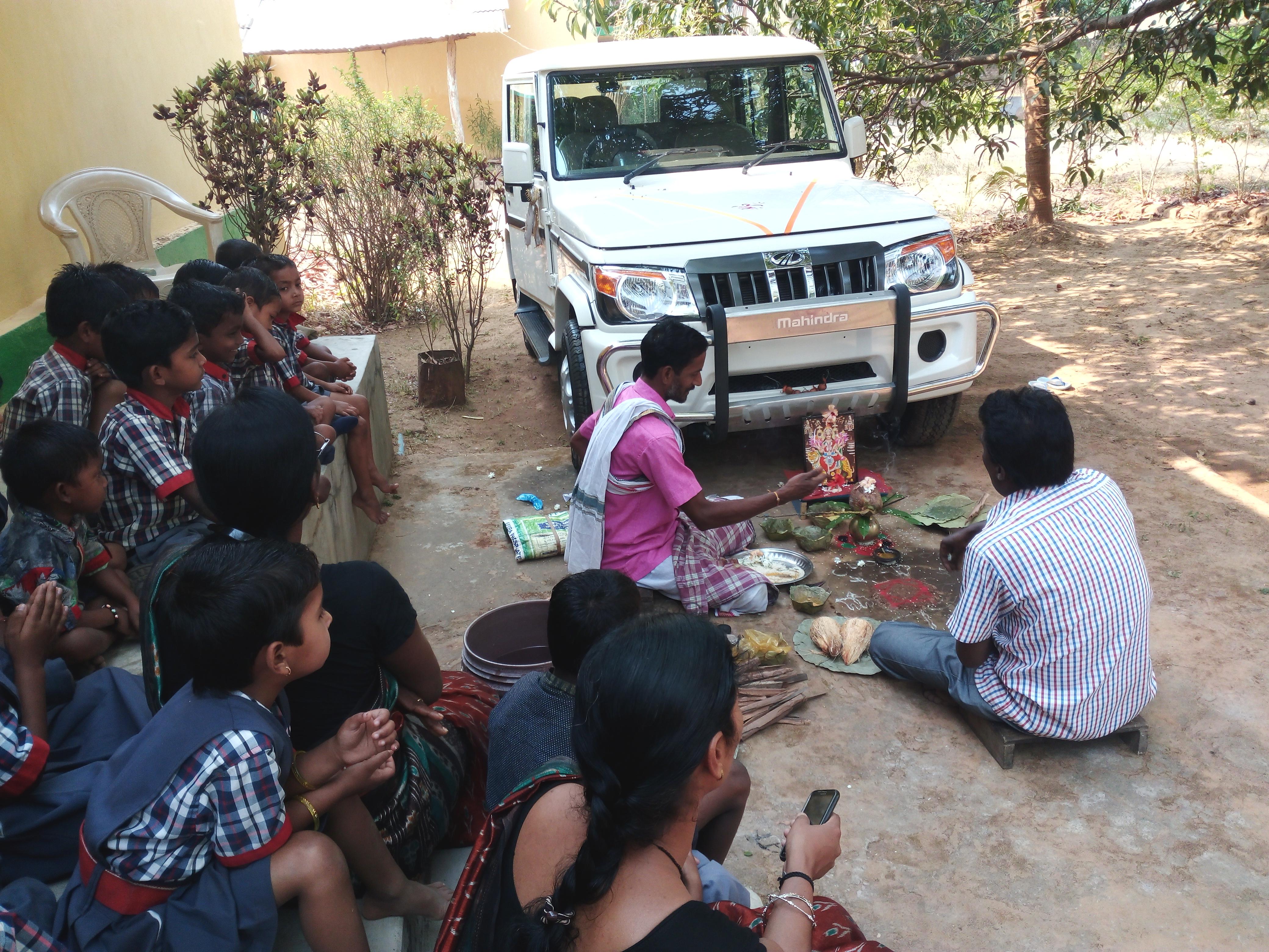 Nueva ambulancia en Panchabati