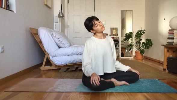 Yoga online. Propuesta solidaria