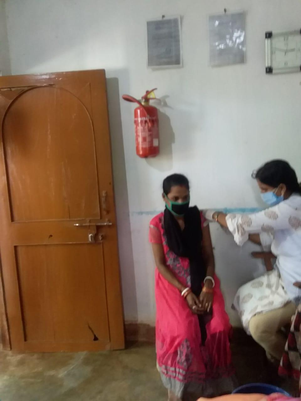 Vacunación en Swadhar-Gopalpur